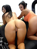 Nothing tops hanging with these 2 tight ass chicks in a jeep on a perfect sunny day... and getting your dicked sucked while her friend masturbates. Perfect [18 ass pics]