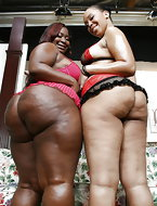 Nice big booty ebony girls [10 ass pics]