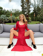 See MonsterCurves scene Lady In Red featuring Shauna Skye Browse FREE pics of Shauna Skye from the Lady In Red porn movie now
