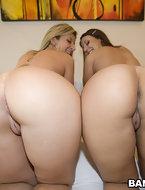 2 bubble large butts [10 ass pics]